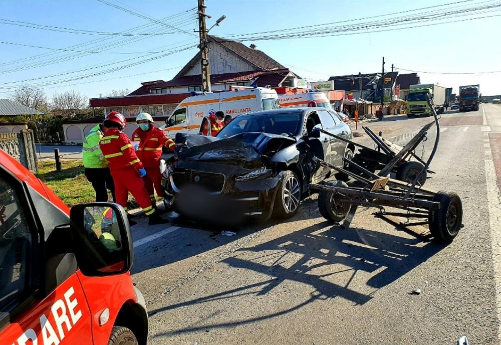 Accident cu victimă inconștientă în Argeș. Căruță implicată!
