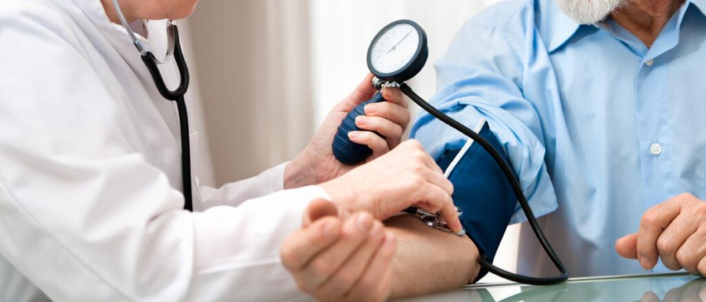 Mai multe consultații la domiciliu pentru pacienții nedeplasabili