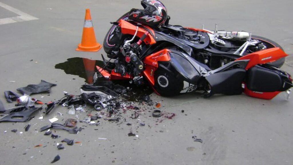 Motociclişti răniţi în accident pe Transfăgărăşan