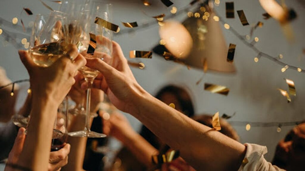Nunți cu 400 de invitați și acces în cluburi doar pentru vaccinați