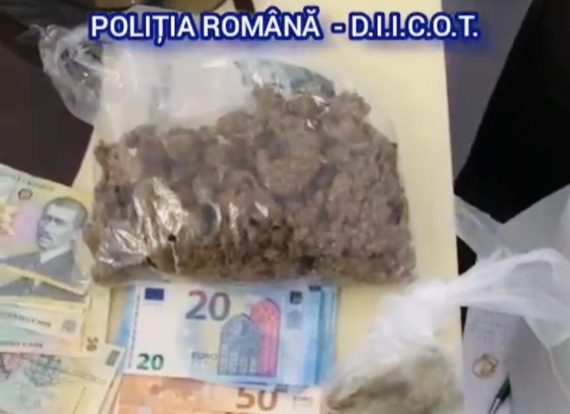 Video: Vindea droguri de mare risc în Pitești. Bărbatul, reținut!