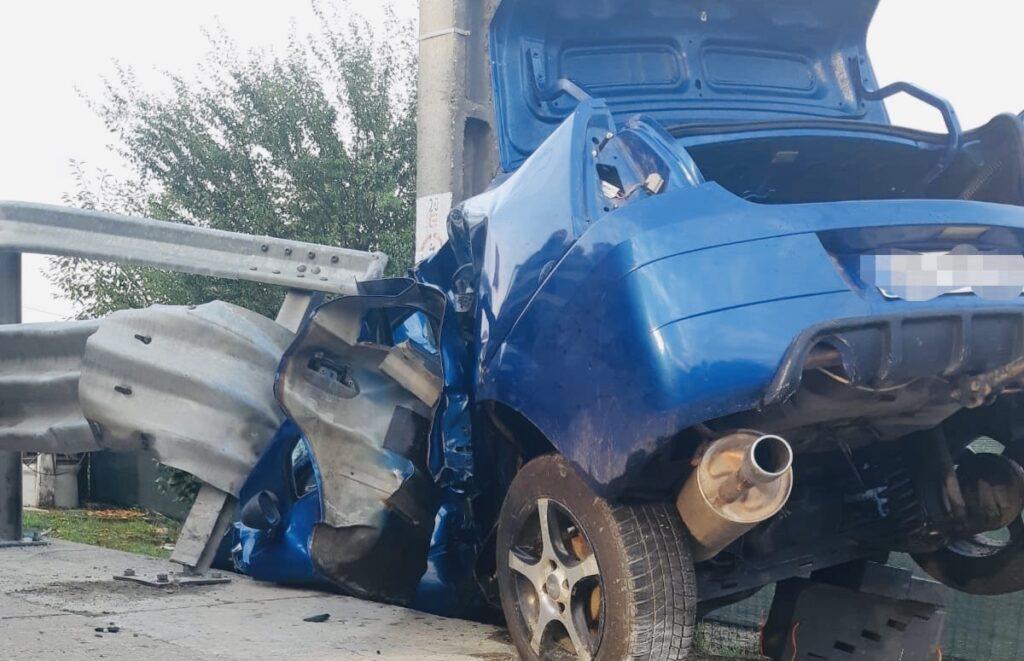 Tânărul șofer strivit de mașină la Micești a murit la spital