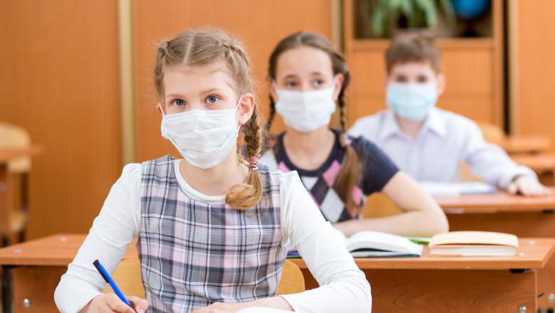 Părinții vor primi formulare pentru vaccinarea copiilor