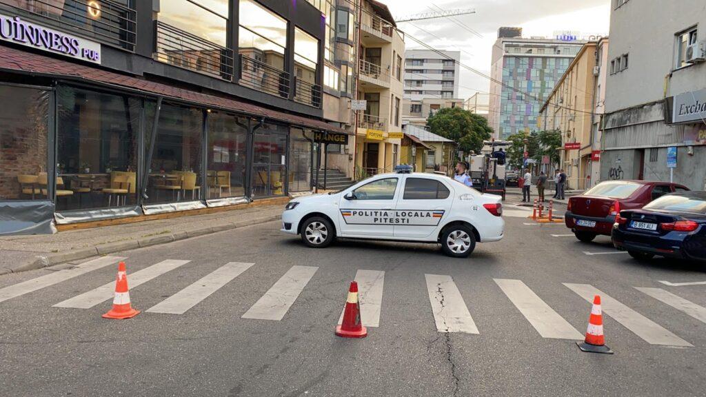 Se asfaltează o stradă din Pitești