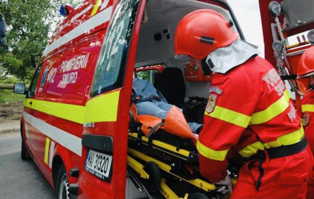 Grăbită să prindă autobuzul, o femeie a fost accidentată în Pitești