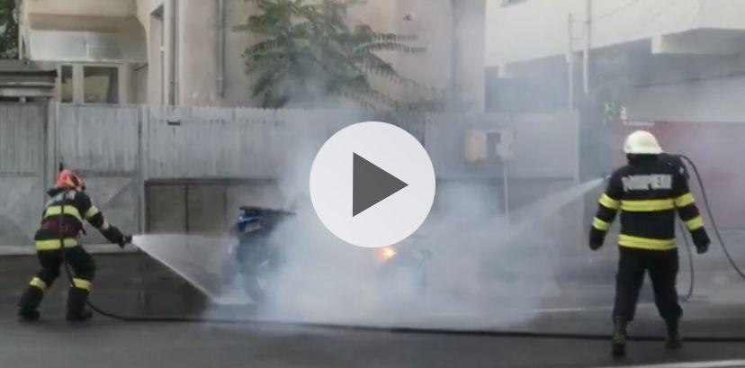 Video: Un ATV a luat foc la Pitești