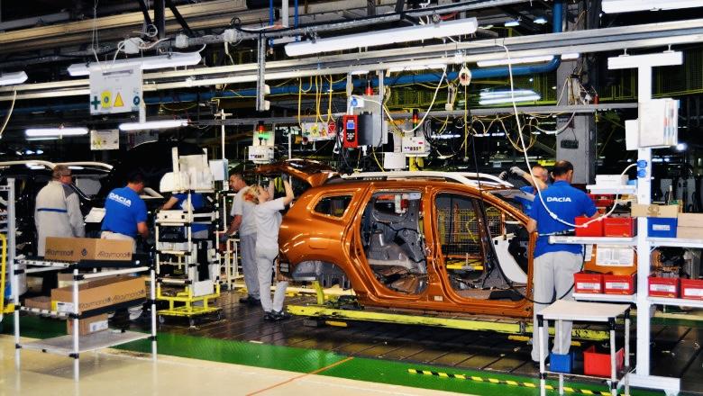 Uzina Dacia Mioveni își întrerupe din nou activitatea