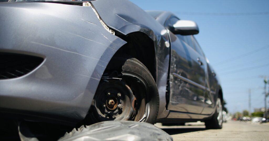 Şoferii cu poliţe la City Insurance, refuzaţi de service-uri