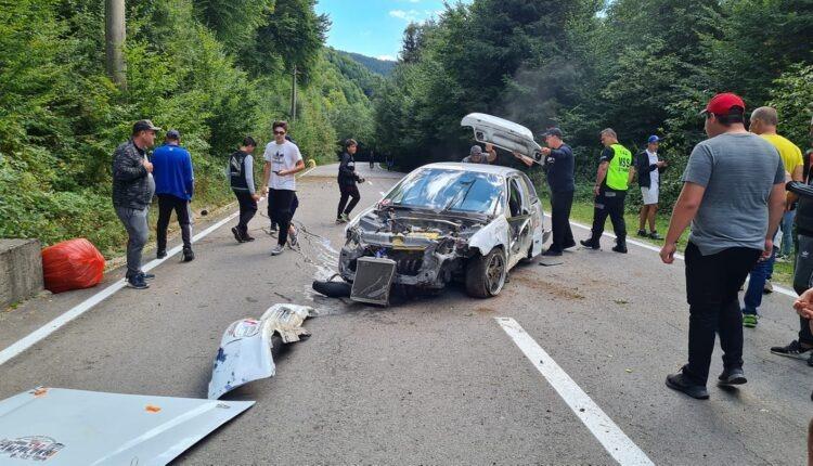Accident spectaculos la Raliul Câmpulung