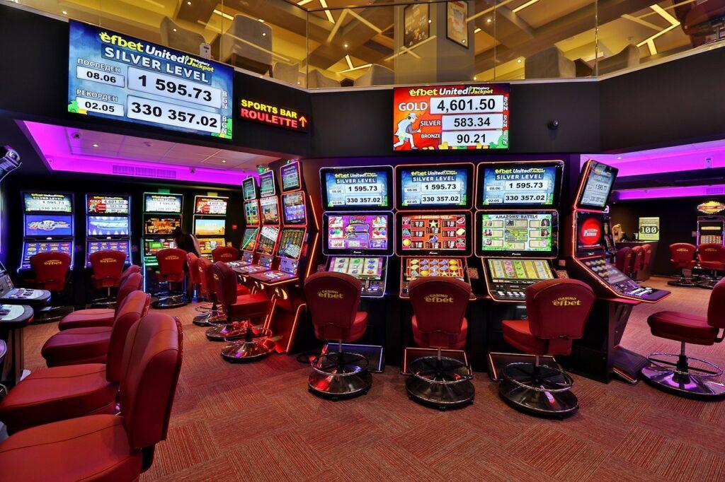 Modul în care cazinourile online duc tehnologia la nivelul următor