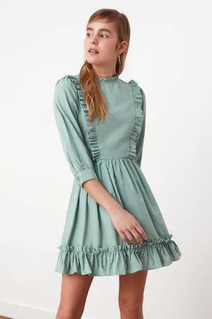 Trucuri pentru a alege rochia elegantă perfectă