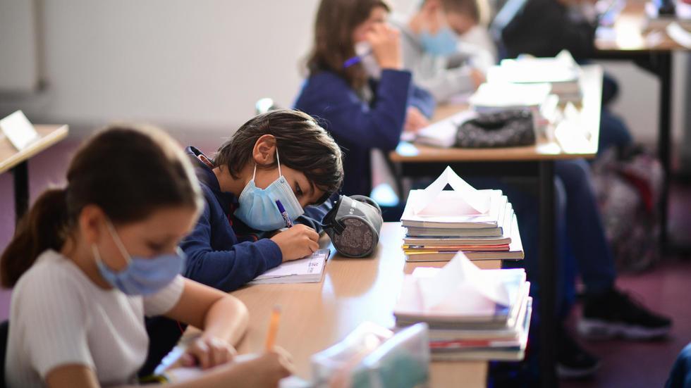 Situația școlilor în Argeș. Aproape 8.500 de copii învață online