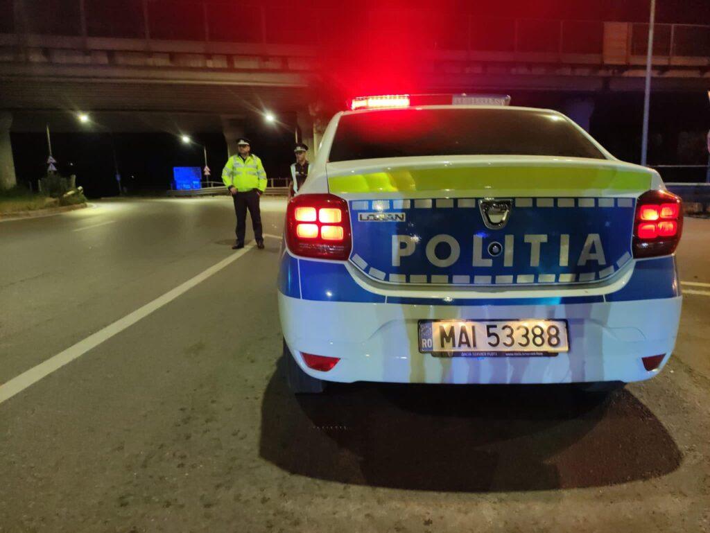 Tânăr prins drogat la volan în miez de noapte pe o stradă din Piteşti